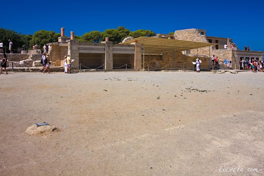 Минойский дворец в Кноссе. Центральный двор
